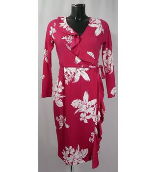 BNWOT  M&S Marks & Spencer - Size: 8 - Pink and Ivory - Knee length dress