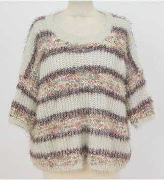 Qed London - Size: S/M - White & Pink mixed fluffy Jumper