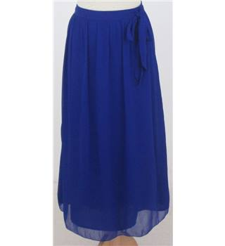 NWOT  Per Una Size: 14 Blue Calf length skirt