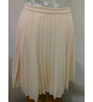 ASOS - Size: 6 - light peach lined short pleated skirt