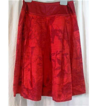 Monsoon size 8 red floral pattern skirt