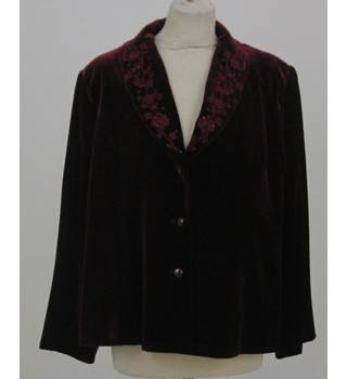 Eastex Size: 20 Burgundy Red Floral detailed collar jacket