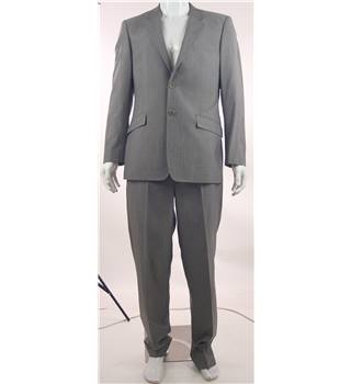 Linea - 40R chest /34L waist  Light Platinum Grey Wool Mix Single Breasted Suit