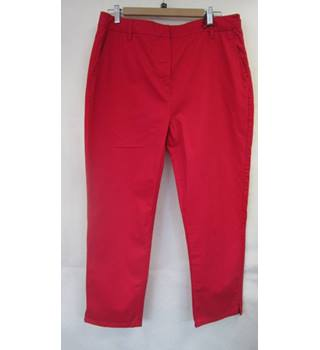 BNWT Dash Red size 16 red denim crop 'Capri Pants' trousers