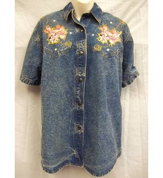 Denim shirt with embellishments, Tasty - Size L