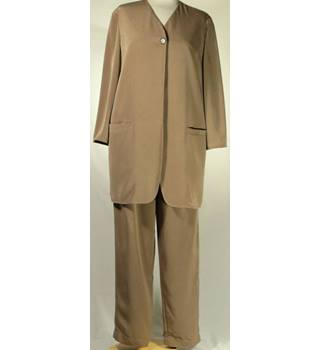 Planet Size: 8/10  Brown Jacket Suit with Trousers