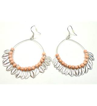 Silver tone pink bead & leaf ring pierced hoop earrings