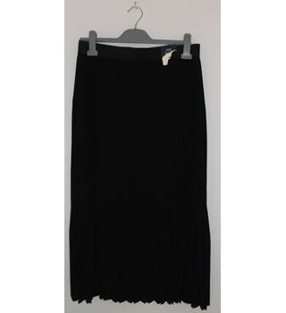 Marks & Spencer Collection Black Permanent Pleat Skirt  UK Size 14 / Euro Size 42