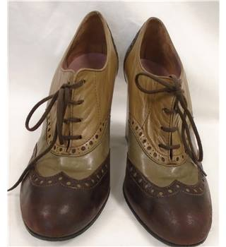 Robert Clergerie - Size:2/34 - Brown - Lace-up shoe