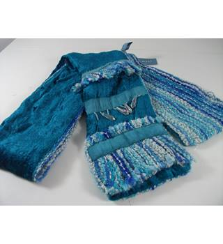 NEW Nine West Teal Blue Velvet and Boucle Scarf