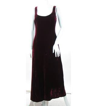 Laura Ashley - Size: 12 - Claret - Velvet Sleeveless Dress