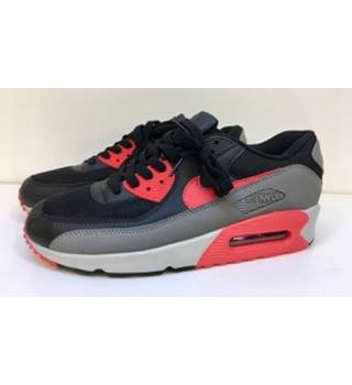 Nike - Size: 10 - Black, grey and red - Air Max Trainers - NWOT