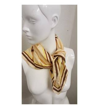 100% silk GLENEAGLES HOTEL GOLF COURSE Unbranded - Size: Not specified - Cream / ivory - Scarf