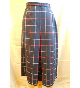 Vintage 80s BURBERRYS checkered skirt, Burberry navy / red wool skirt, Burberry - Size: 10 - Blue