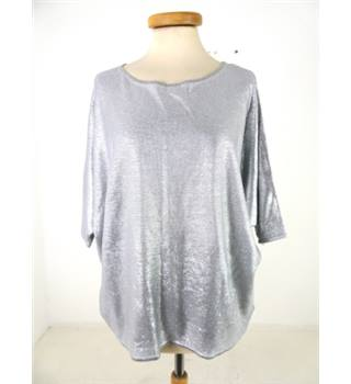 Phase Eight - Size L grey with sheer effect batwing top