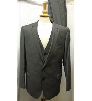 3 piece Suit- Size: L - Grey