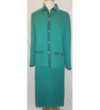 Sempre - Size: 18 - Green - Skirt Suit