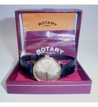 Rotary watch, Gold coloured face, black leather strap, Quartz with date Rotary - Size: adjustable - Metallics