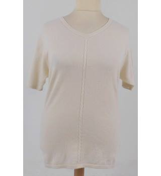 "The Cashmere Centre Chest 40"" Cream Short Sleeved 100% Cashmere Jumper"