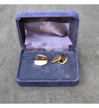Tie Rack gold tone cuff links