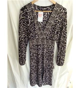 Betty Barclay  Size 16 Purple, Brown and Cream Patterned  V Neck Knee Length Dress