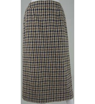 Aquascutum of London Beige Wool Calf-Length Skirt with Black and Brown Check UK Size 10R