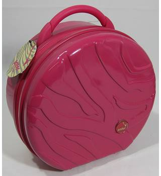 BNWT Antler - Vanity Case - Pink- Size 12 x 11 x 6 inches