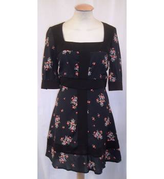 BNWT - Millie Macintosh - Size 8 - Black with lilac and pink floral pattern and black waist dress