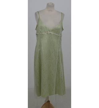 Whistles Size:16 cream & green lace party dress
