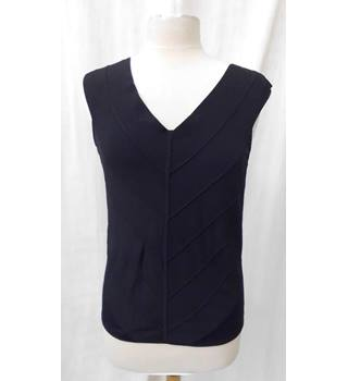 Jaeger - Size: M - Black - Sleeveless top