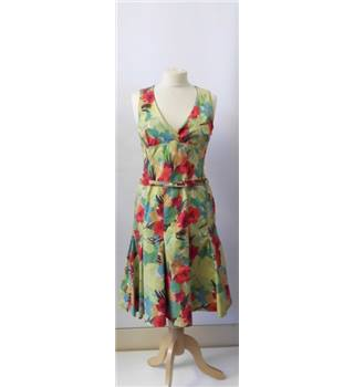 Karen Millen Size 12 Green and red floral dress