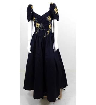 VINTAGE 1980's The House of Nicholas Size 14 Black & Gold Evening Dress