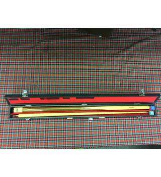 GB Professional Snooker Cue & Case