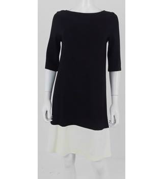 Zara Size 12 Black Knee length Dress