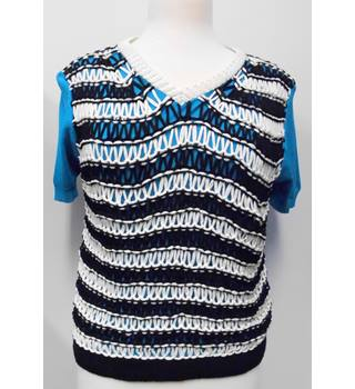 New with tags ladies Paul Smith knitted front top Paul Smith - Size: M