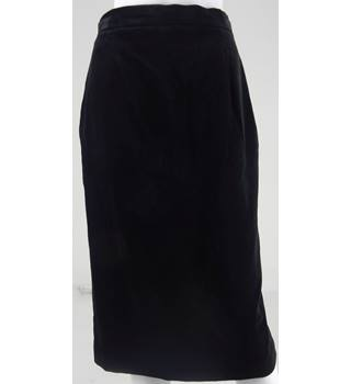 Viyella Black Velvet Knee-Length Skirt UK Size 12