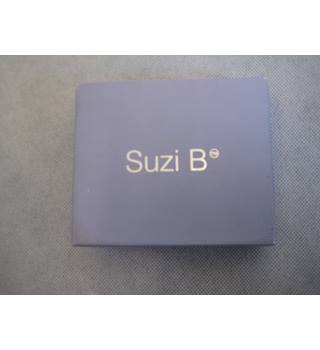 Suzi B boxed diamonte cross and fine bead necklace Suzi B - Size: Small - White - Necklace