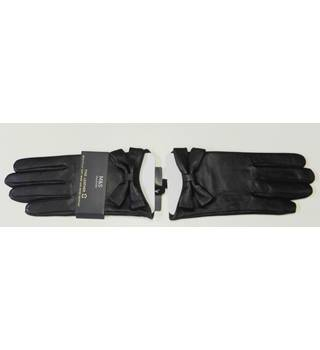 M&S- Size: M-L - Black Leather Gloves