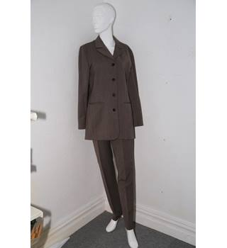 New Man Collection - Dark beige wool mix trouser suit - Size: 10