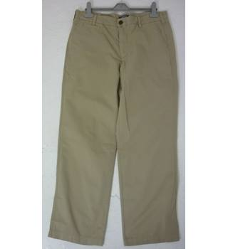 "BWWoT Land's End Size: M, 34"" waist, 30"" inside leg, traditional fit Khaki  Casual Cotton Straight Leg Lightweight Chinos"