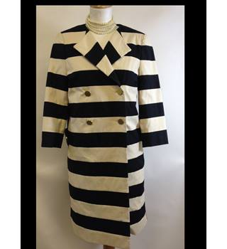 Malene Birger size 34 Striped Coat Malene Birger - Size: 34 - Cream / ivory - Smart jacket / coat