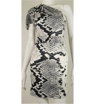 BNWT Lipsy, size 6 black & white snake print dress