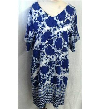 M&S Collection Size: 14 - White with Blue Floral Dress