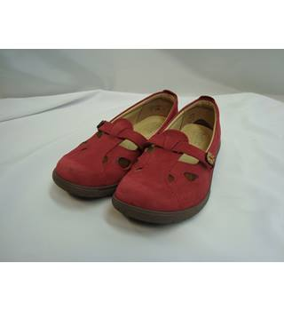 BNWOT Hotter Red Leather Flat Casual Shoes - size 4