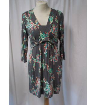 BODEN size 12P dress/top