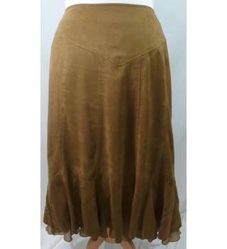 Country Casuals - Size: 16 - Tan Brown - Ladies' Knee-length Skirt