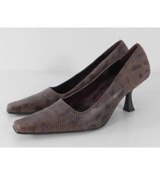 Mario Cerutti Size: 5.5  Brown Snakeskin Effect Leather Court Shoes