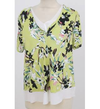 NWOT M&S - Size: 12 - Yellow Floral Blouse