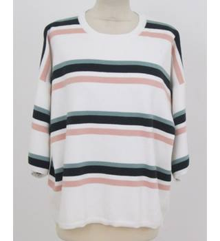 M&S Marks & Spencer Size: L Cream Striped Jumper