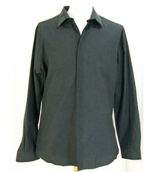 Limited Edition - Size: 16in collar - Black - Long sleeved